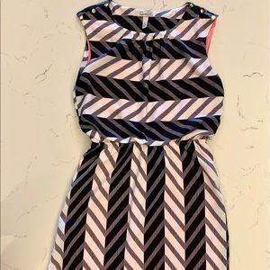 NEW! Black White Stripe Pleated Sleeveless Dress
